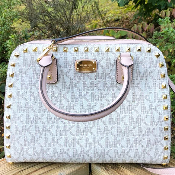 Michael Kors Handbags - ➳ Michael Kors LARGE Vanilla Ballet Satchel